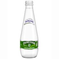 PIWNICZANKA Uzdrowiskowa naturalna woda mineralna średnionasycona (w szkle)