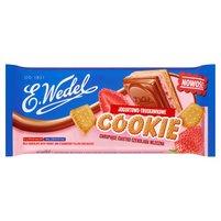 E. WEDEL Cookie Czekolada mleczna z nadzieniem jogurtowo-truskawkowym i herbatnikiem