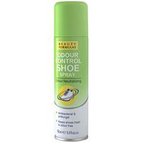 BEAUTY FORMULAS Dezodorant do butów antybakteryjny i przeciwgrzybiczny
