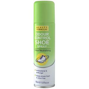 BEAUTY FORMULAS Dezodorant do butów antybakteryjny i przeciwgrzybiczny (1)